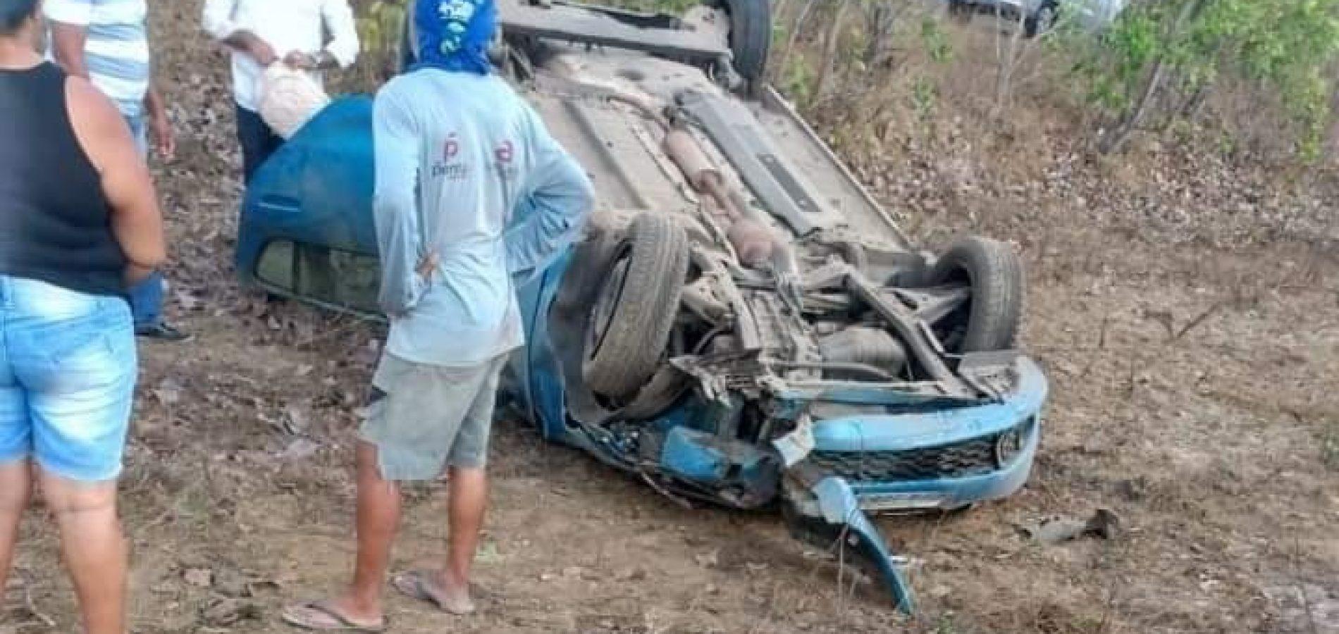 Advogado e família sofrem grave acidente na PI-113