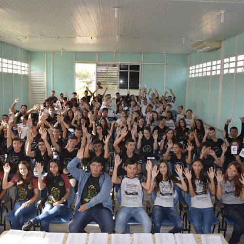 Educação de Fonteiras realiza o Baladão da Língua Portuguesa dos 9º anos.