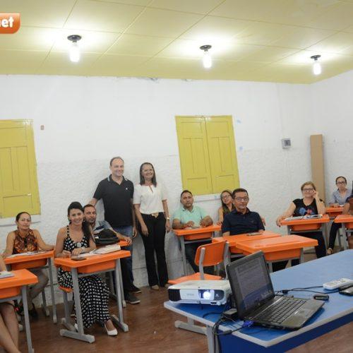 Educação de Patos do PI promove 3ª oficina sobre o Sistema de Avaliação da Educação Básica (Saeb)