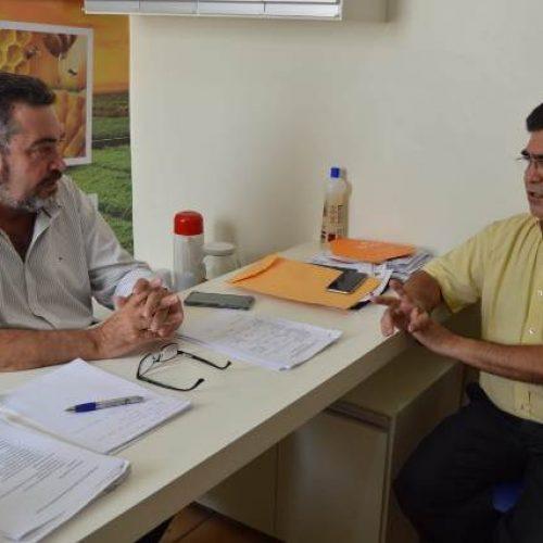 Secretário de Agricultura de Picos recebe deputado Limma e trata sobre investimentos para o município