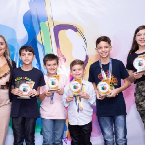 Alunos do Kumon de Picos são homenageados durante a XIV Expo