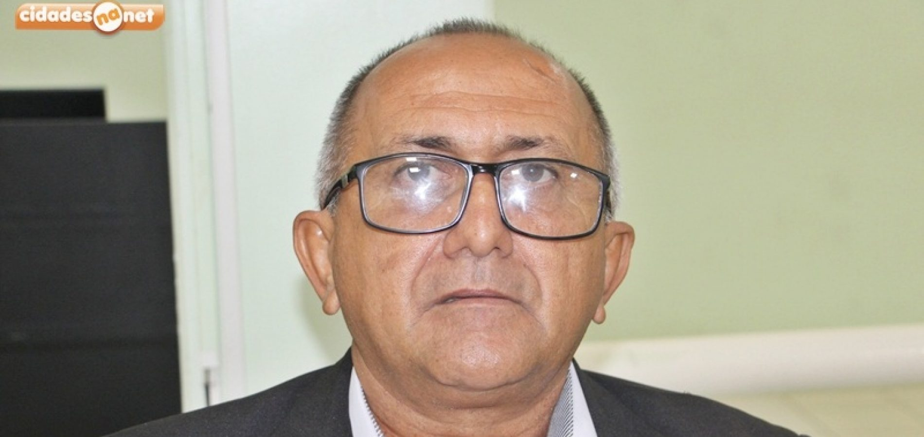 Vereador Divino requer contratação de coveiro para prestar serviços no cemitério municipal de Jaicós