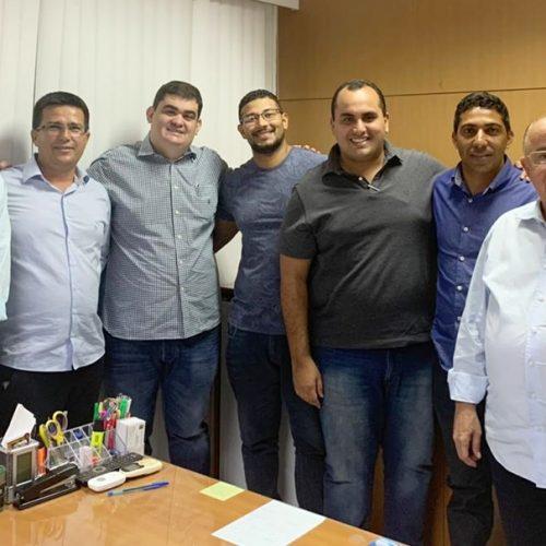 Prefeito Vianney se reúne com parceiros e anuncia atrações da Expocaboclos de Caldeirão Grande
