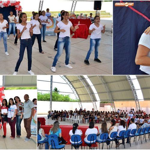 Projeto Família na Escola é realizado com vasta programação em Simões