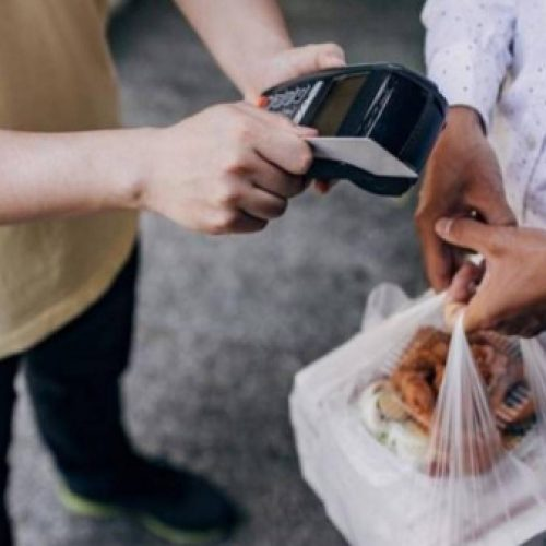 Procon orienta consumidores sobre problemas com delivery