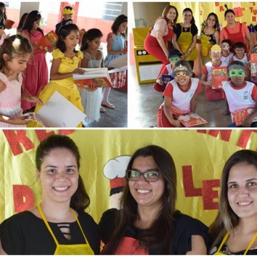 """Escola Municipal de Padre Marcos realiza mais uma etapa do projeto """"Era uma vez, conte outra vez"""""""