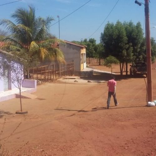 Equipes eliminam 'gatos' de água beneficiando comunidade de Picos