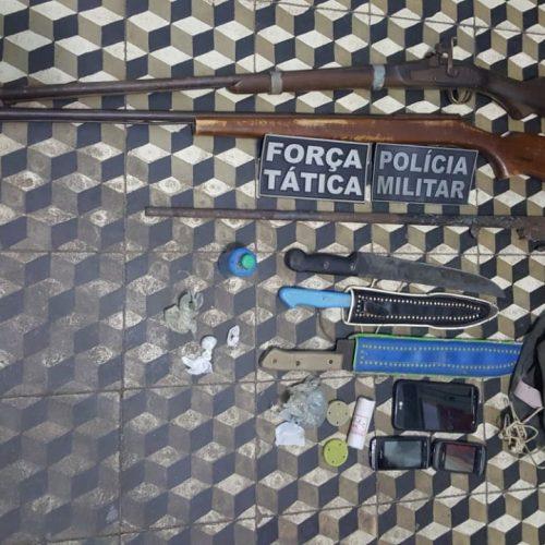 Dupla é presa com droga e arma de fogo em Betânia do Piauí