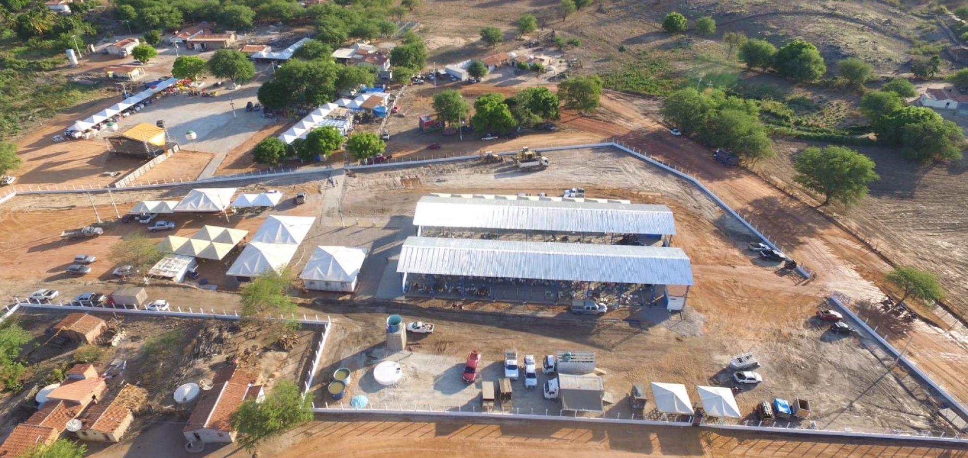 Confira fotos do 1° dia da ExpoCaboclos em Caldeirão Grande do Piauí
