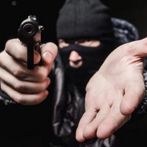 Homens armados assaltam casa de empresário em Sussuapara