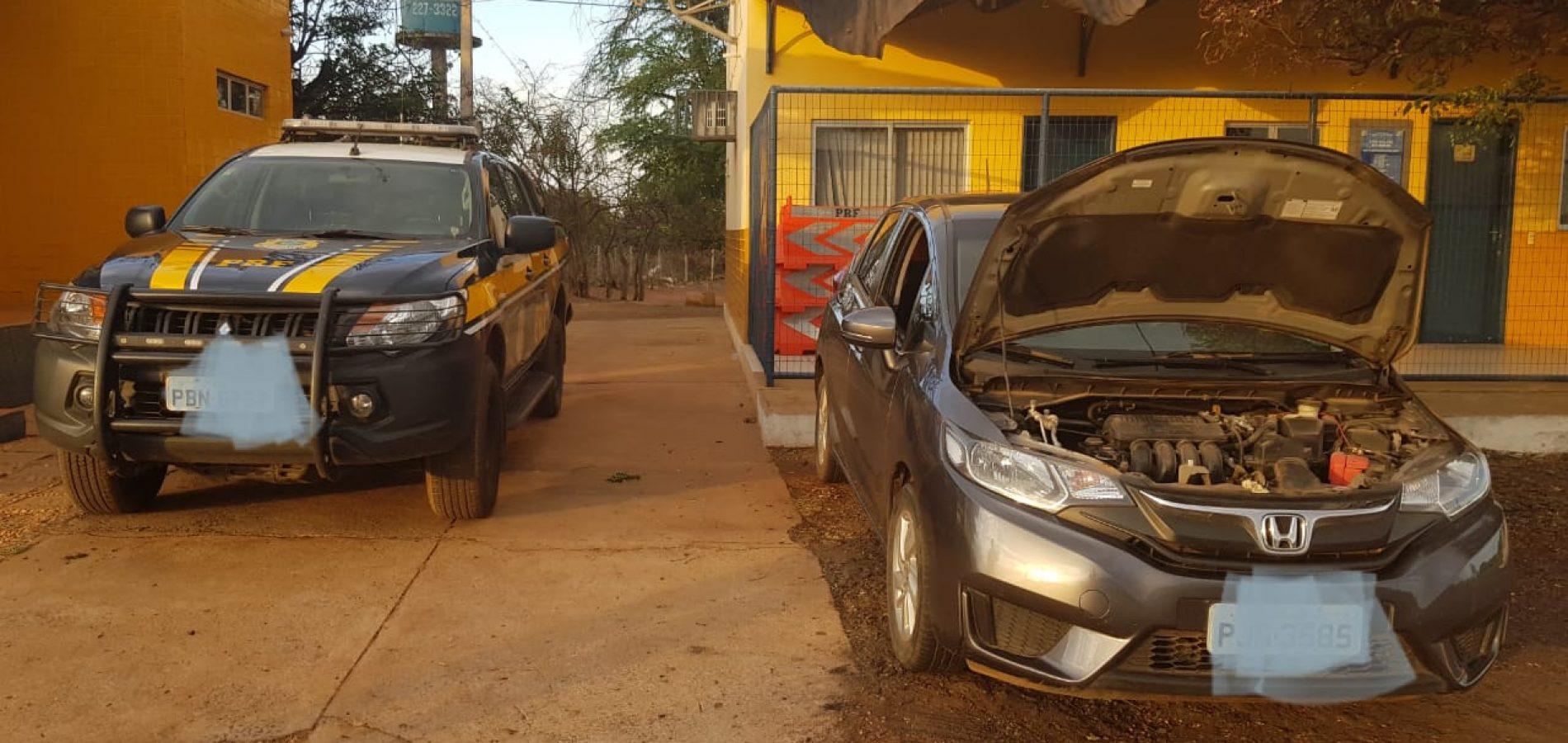 PRF recupera em Picos veículo roubado há 3 meses na Bahia