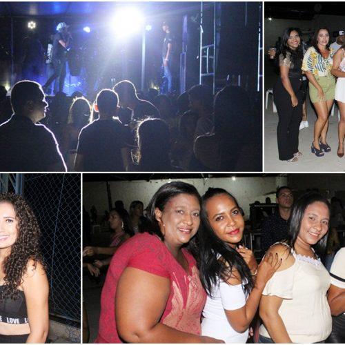 Confira fotos dos shows com Zé Vaqueiro Estilizado, Micael Farra e Orlando Estourado, na Arena Jaicós