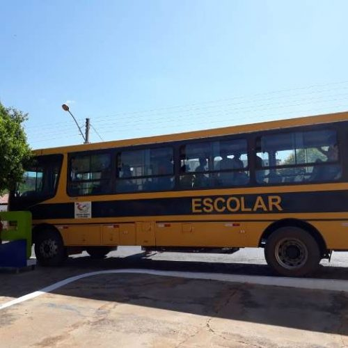 Prefeitura de Vera Mendes disponibiliza transporte escolar para alunos irem fazer provas do ENEM