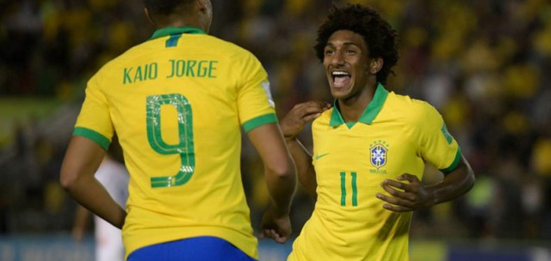 Brasil sofre, mas vence Chile e vai às quartas de final do Mundial Sub-17