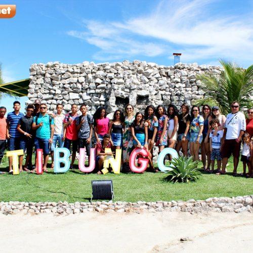 Adolescentes do Serviço de Convivência de Campo Grande do PI ganham dia de lazer no Tibungo Park