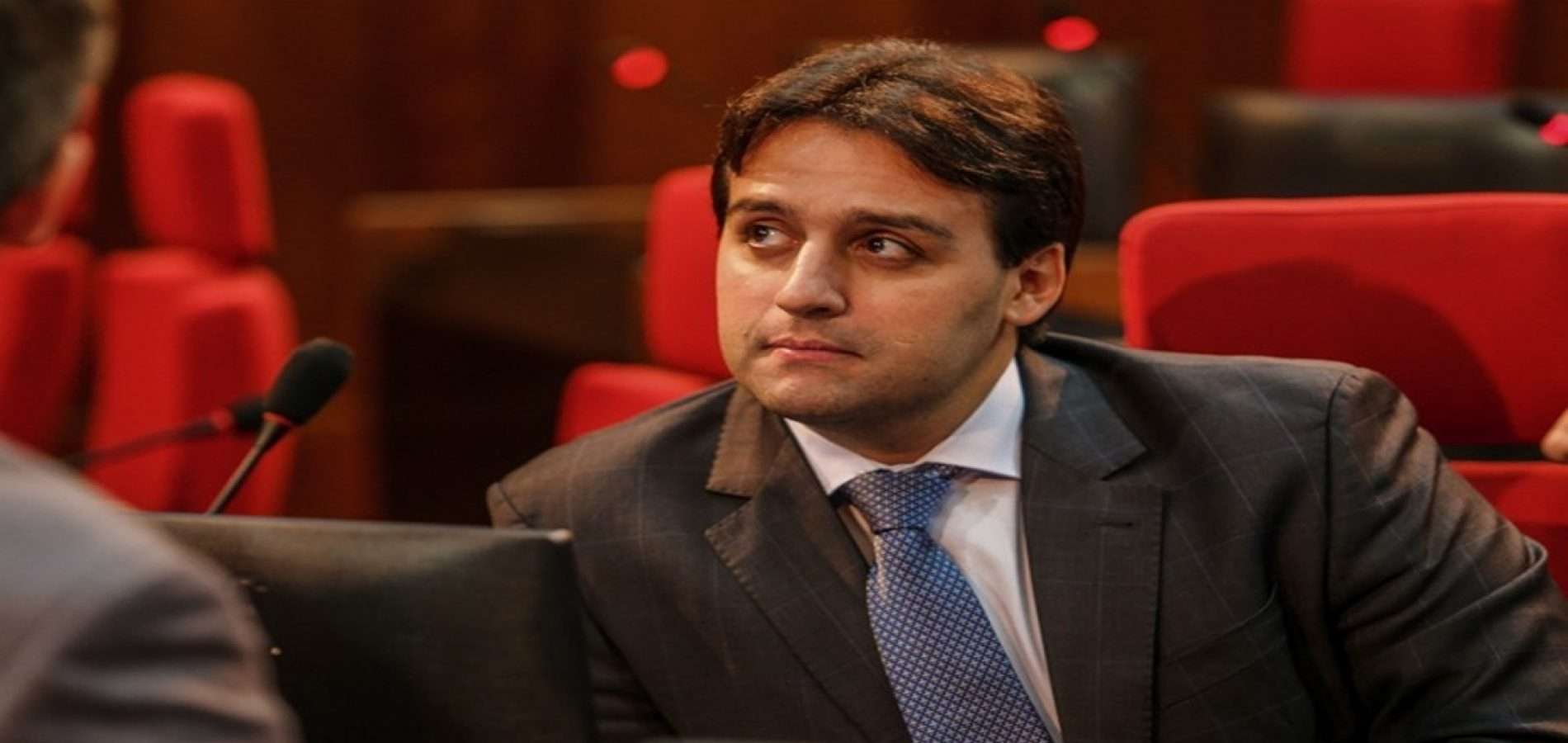 Deputado Flávio Júnior defende prioridade também para portador de diabetes