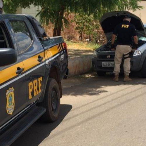 Em Francisco Santos, PRF recupera veículo roubado na Bahia