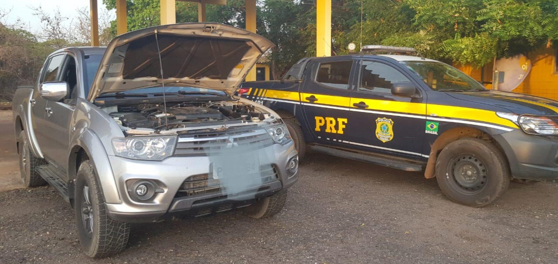 PRF apreende em Picos veículo adulterado