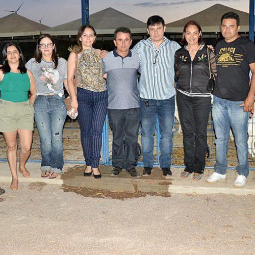 FRONTEIRAS   Prefeita prestigia 10ª ExpoCaboclos em Caldeirão Grande e elogia prefeito Vianney pela organização