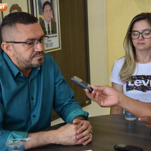 PICOS   Em coletiva de imprensa, Padre Walmir fala sobre exonerações dos últimos dias