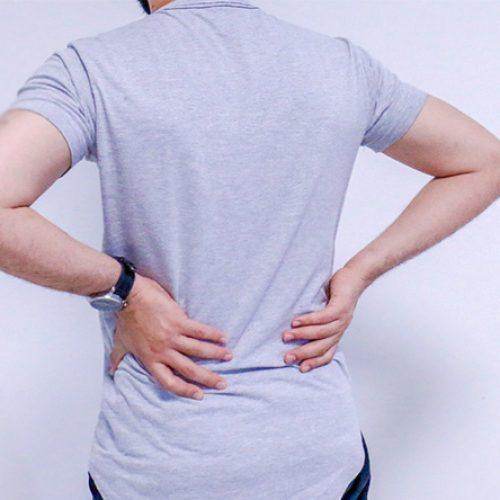 Ortopedista indica sete exercícios para fazer em casa e fortalecer a coluna