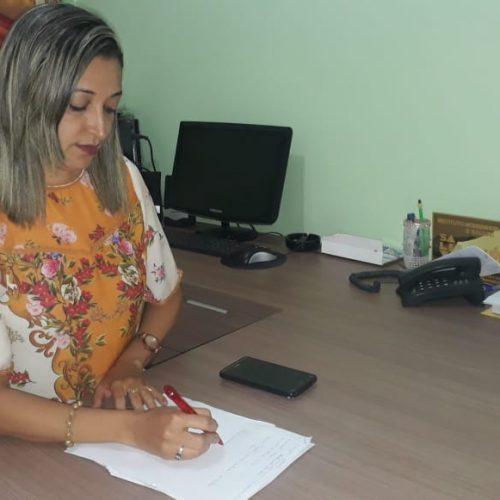 Coordenadora de ensino, Edvânia Barros Lima, assume Secretaria Municipal de Educação em Picos