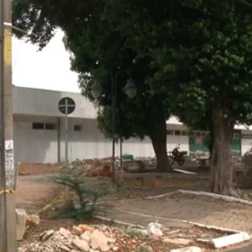 Estudante baleado morreu ao procurar socorro em hospital fechado para obras, diz delegado