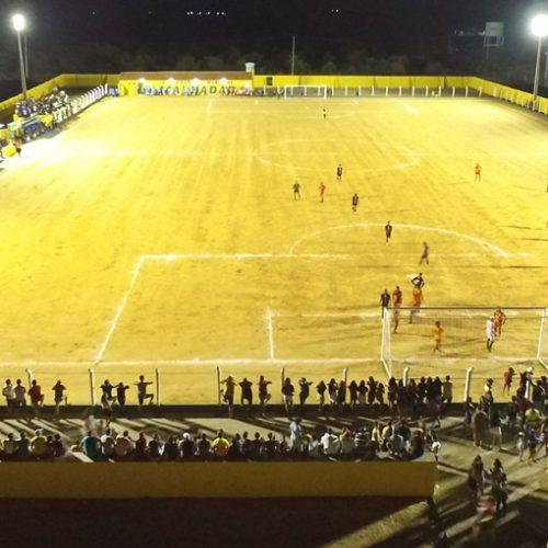 BELÉM | Estádio recebe iluminação e sedia o primeiro jogo à noite na abertura do Campeonato Municipal
