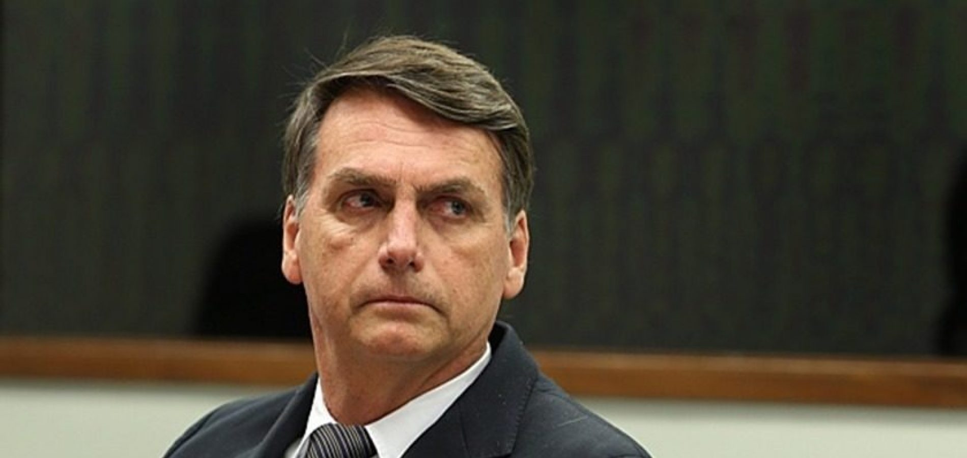 Bolsonaro diz que revogará autorização para suspensão do contrato de trabalho