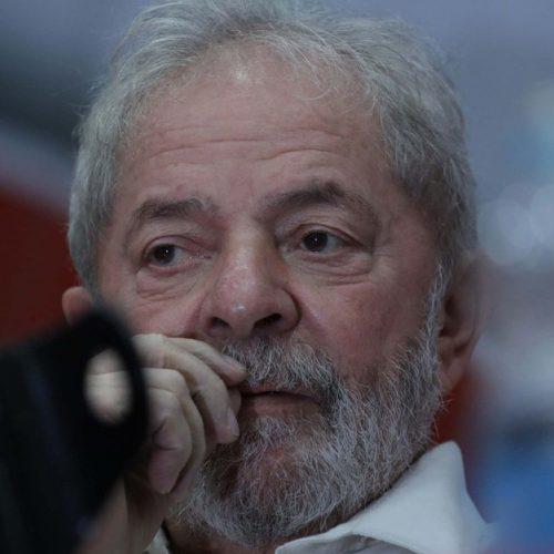 """""""Bolsonaro deveria se despir de toda raiva e preconceito"""", diz Lula"""