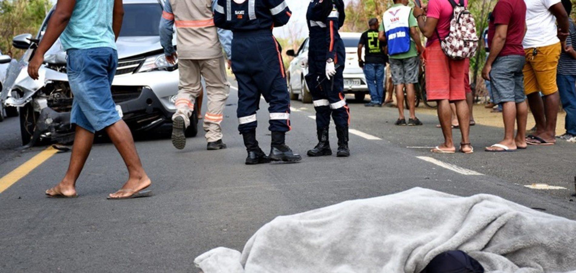 PI   Mototaxista morre após colisão com carro na BR-343