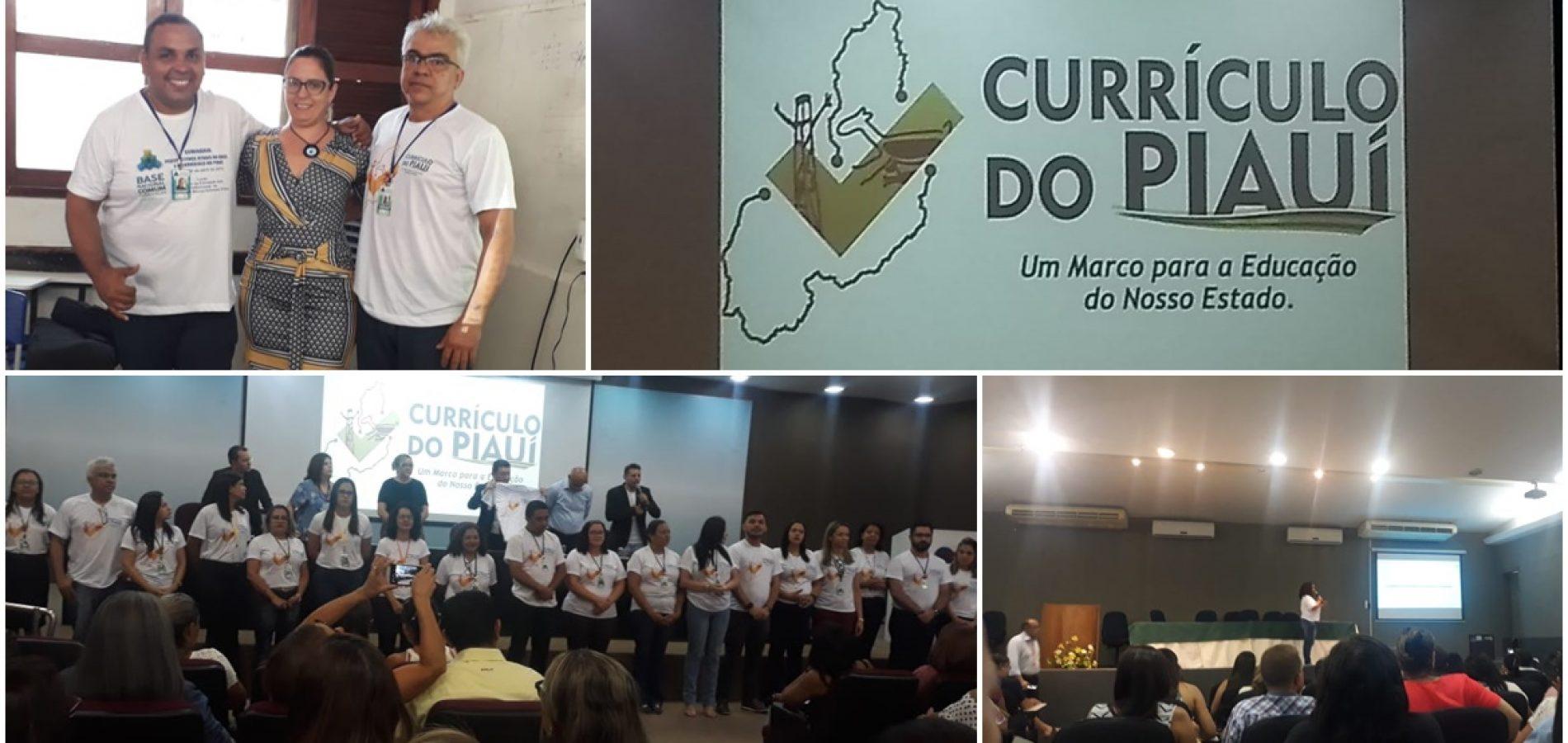 Em Teresina, supervisora de ensino de Fronteiras participa do encontro de formação sobre o novo currículo da BNCC do Piauí