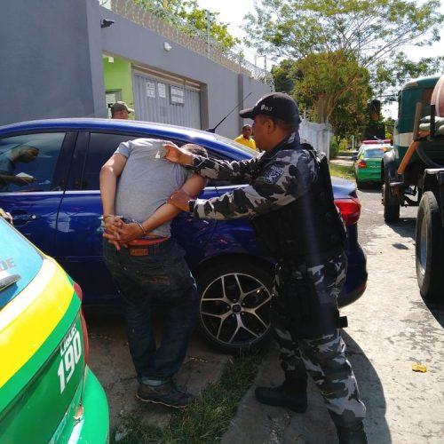 Homem com farda de empresa do CE é preso ao tentar roubar baterias de torre de telefonia no PI