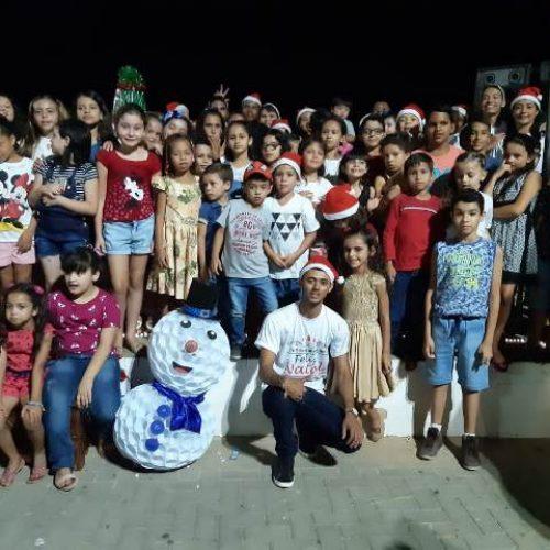 """Em Caldeirão Grande projeto """"Voz, vez e lugar"""" realiza noite especial de Natal para crianças"""