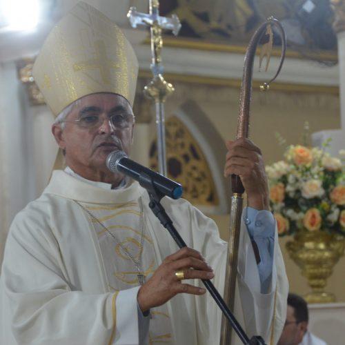 Dom Plínio anuncia transferência de cinco padres da Diocese de Picos. Veja!