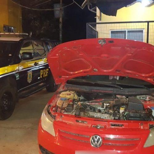 PICOS | Veículo tomado em assalto no estado do Rio de Janeiro é recuperado pela PRF