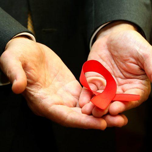 Casos de AIDS triplicam no PI: Saúde alerta para prevenção e teste rápido