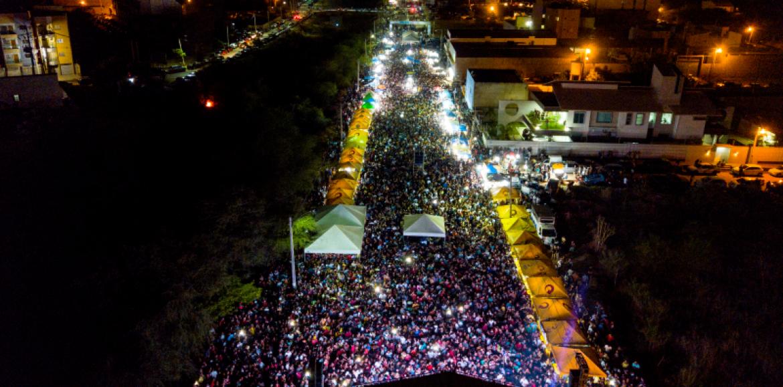 129 ANOS | Multidão celebra aniversário de Picos com Mano Walter e Eric Land