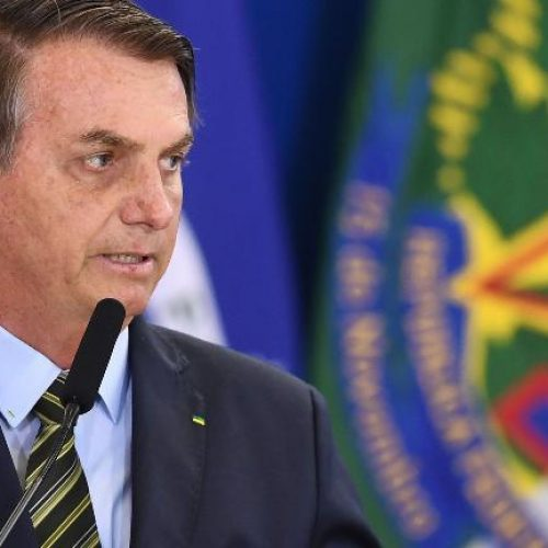 Bolsonaro diz que falta de lei dificulta retirada de brasileiros da China