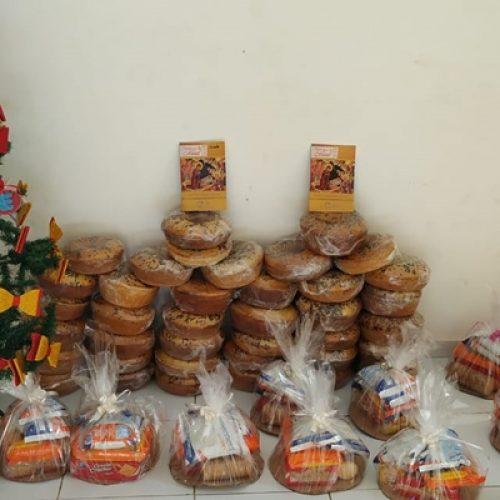 CURRAL NOVO   Prefeitura faz entrega de cestas de café da manhã e lembrancinhas de natal na Serra do Inácio