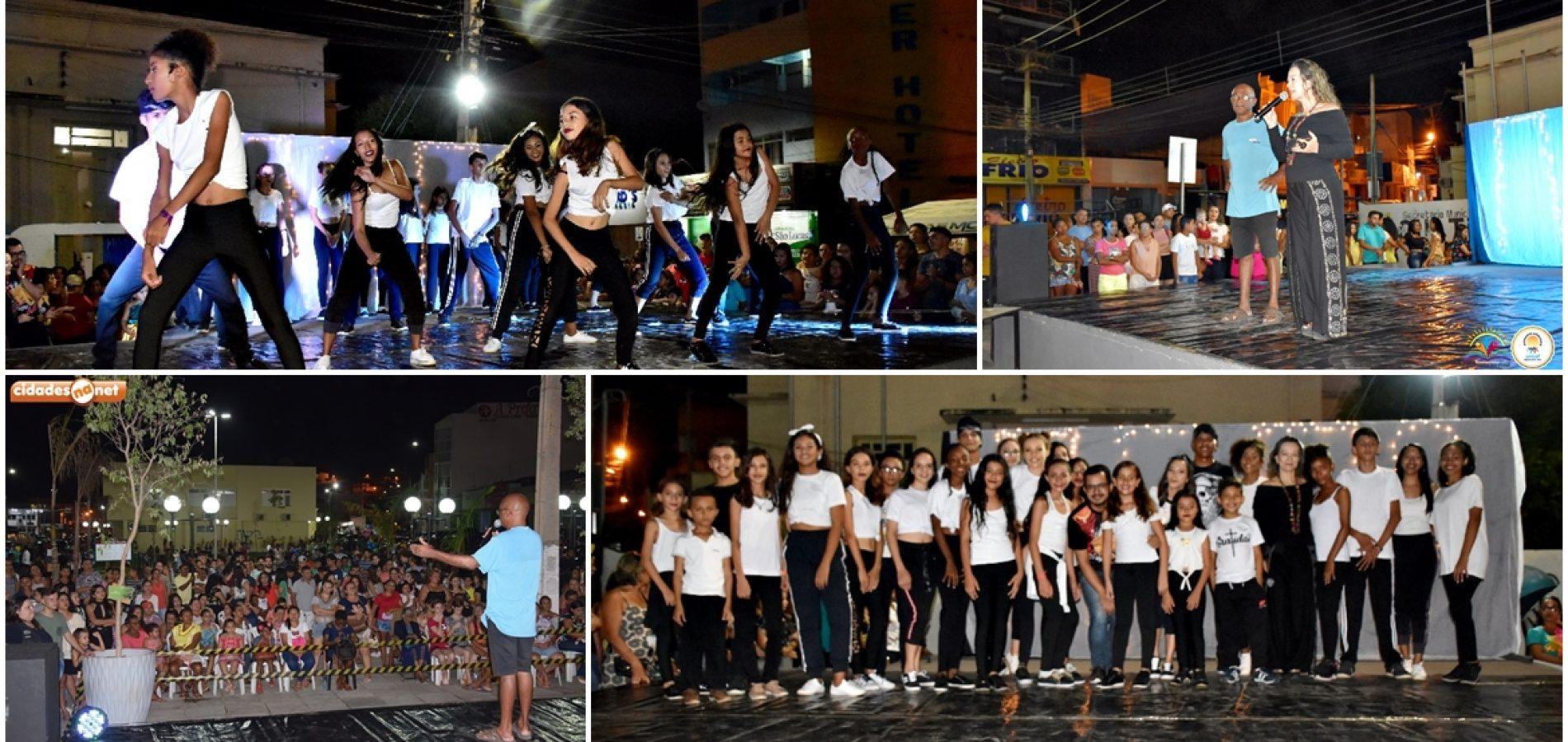 Em Picos, grupo AJA de Vila Nova participa de espetáculo que homenageia Michael Jackson