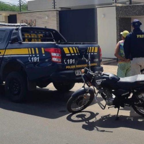 DOM EXPEDITO | PRF prende proprietário de motocicleta na BR-316 por receptação de veículos
