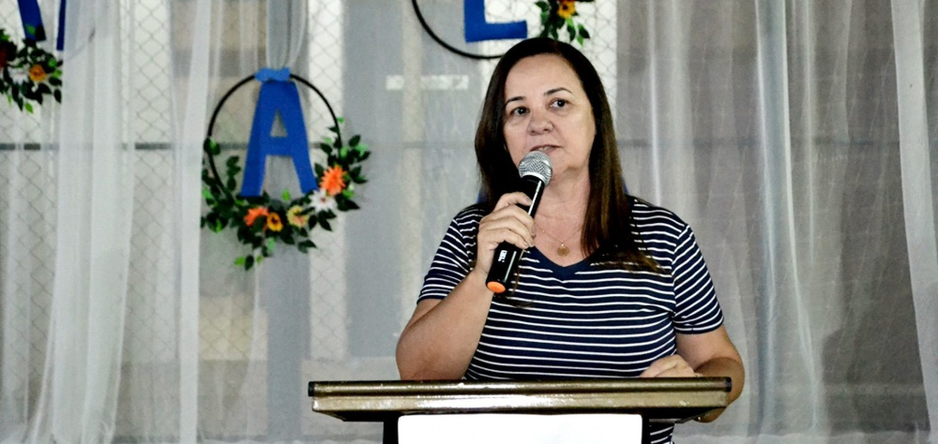 Prefeita Maria José participa de evento religioso e destaca evangelização das Igrejas Evangélicas em Santana do PI