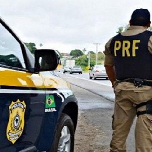 PI | Dupla desobedece ordem de parada, cai de moto e um é morto após sacar arma contra PRF