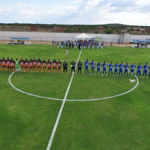 CARIDADE   Estádio recebe a primeira competição oficial; Campeonato é aberto com 13 times e R$ 10 mil de premiação