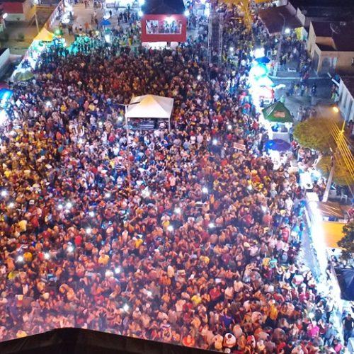 PADRE MARCOS 56 ANOS | Fotos da festa com Felipe Nogueira, Lamarck, Jonas Esticado e Jhon Moraes
