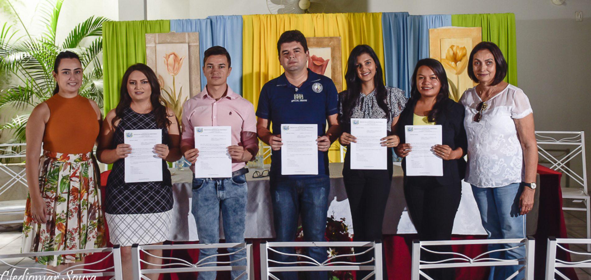 FRONTEIRAS | Prefeita Maria José empossa conselheiros tutelares