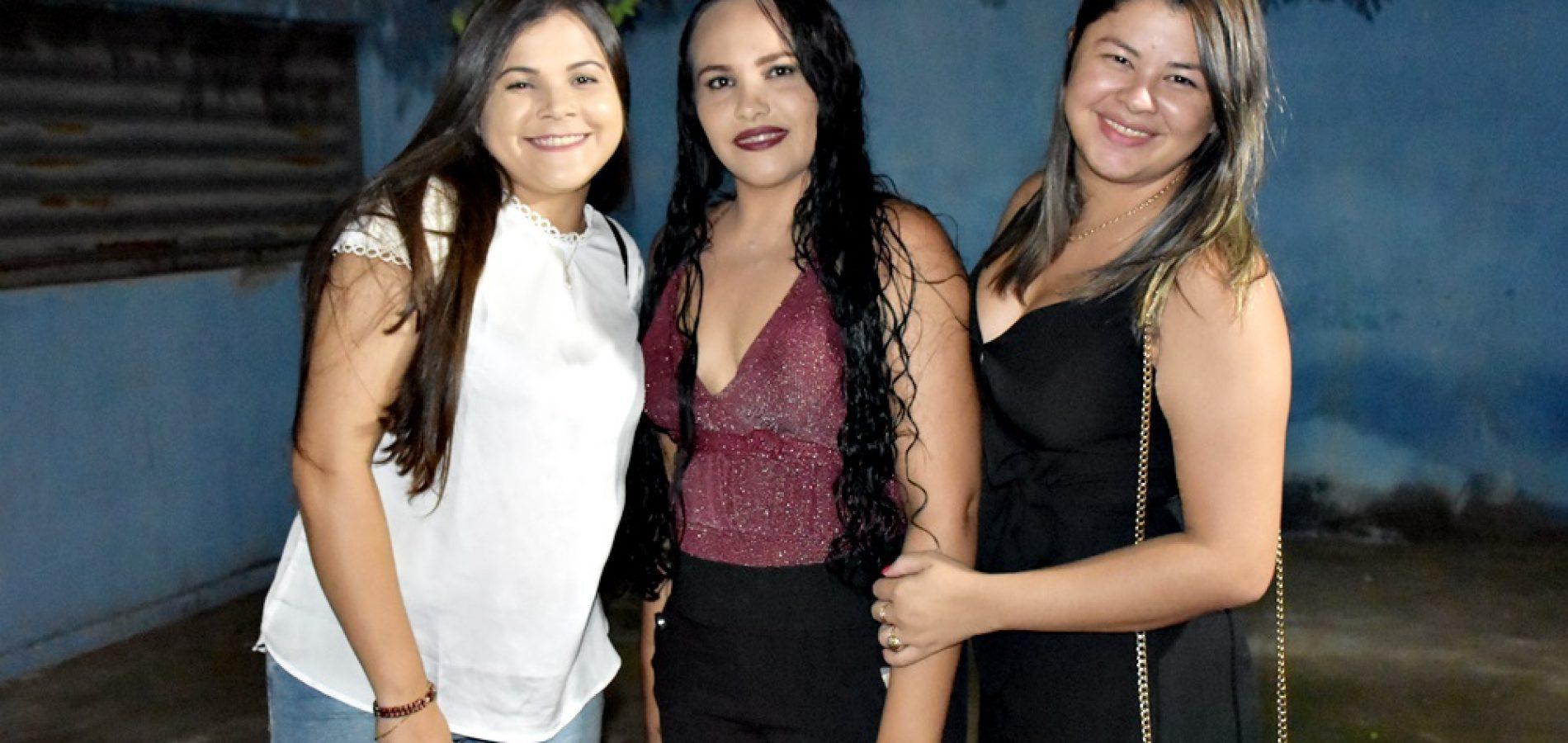 Em Alegrete, alunas da turma de zumba do povoado Malhada Alta realizam confraternização