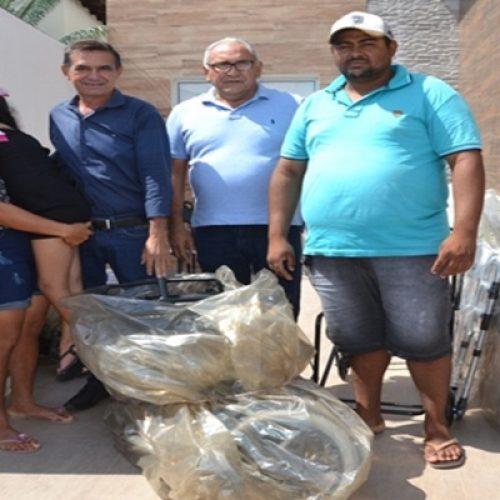 Prefeitura de Geminiano realiza entrega de equipamentos ortopédicos