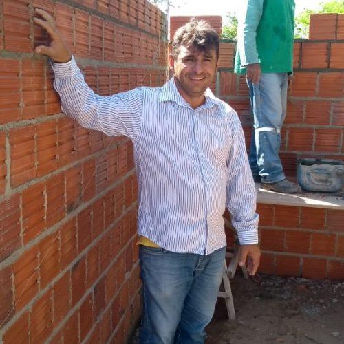 Prefeitura de Francisco Macedo realiza reformas nas escolas; secretário de Educação visita obras